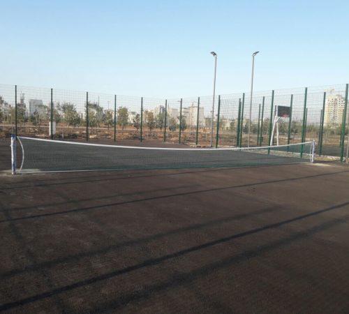 Теннисные стойки и сетка